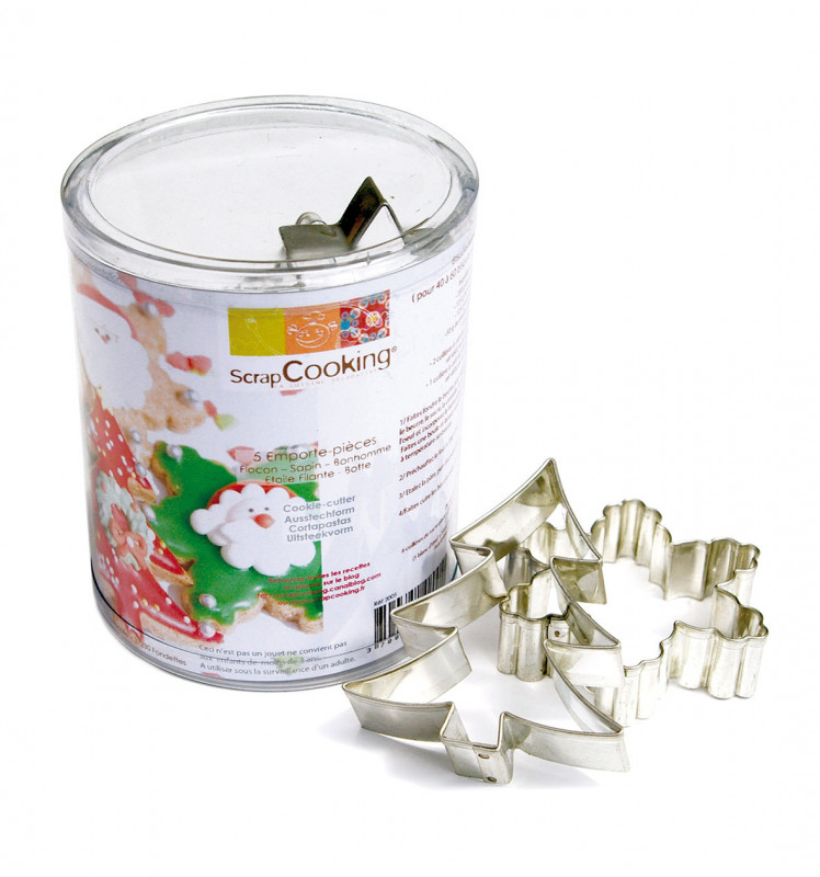 Set of 5 Christmas-themed cookie cutters