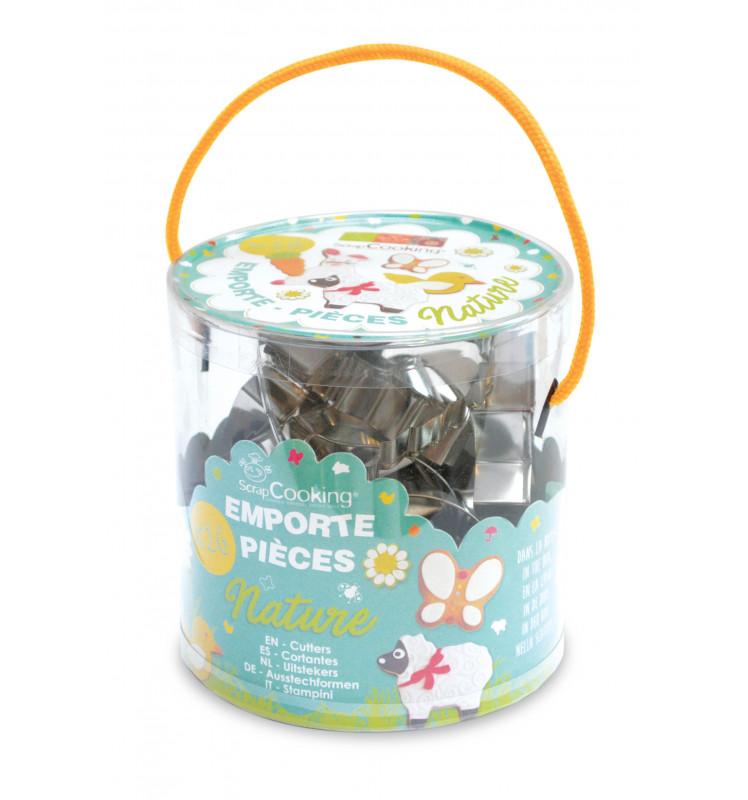 Bucket of 16 Nature-themed cookie cutters
